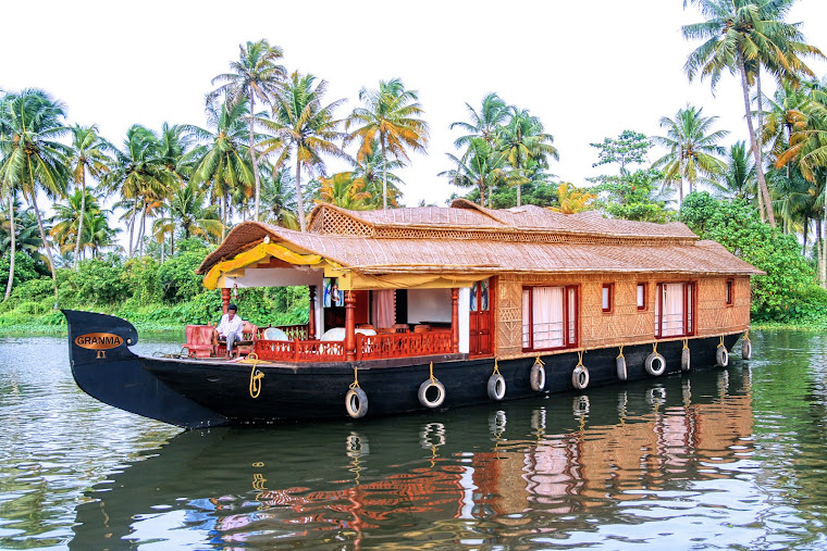 Backwater Houseboat Cruise