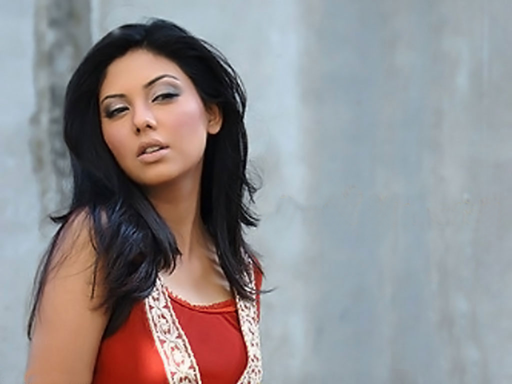 Sunita Marshal Hot