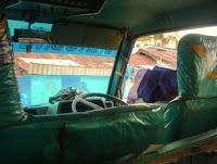 van het hotel naar Ambon