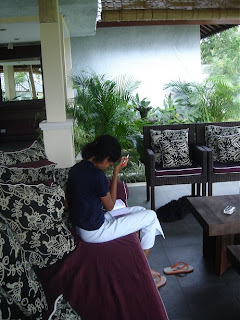 Willy studying English in Villa Sabandari, a small hotel with rice field view in Ubud, Bali 