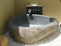 rotsbad in het Qunci Pool hotel