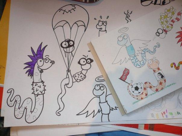 Croquis gusanos....diseños para mural