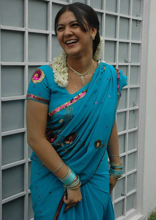 tollywood jyothi krishna in blue saree hot photoshoot