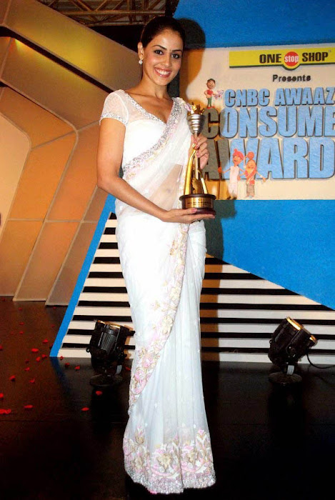 genelia spicy in white saree at cnbc awards glamour  images