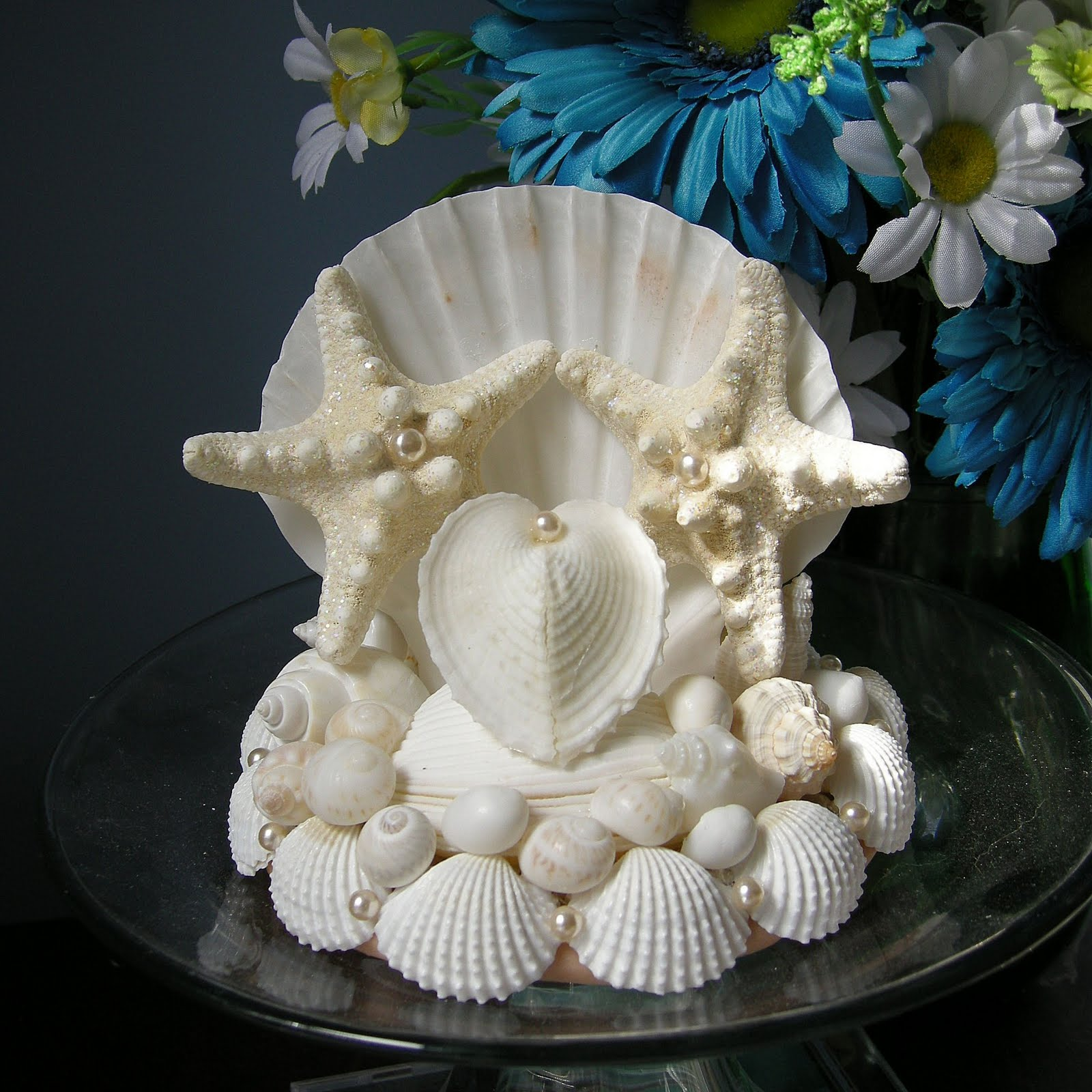 shellscapes two stars one heart seashell wedding cake topper. Black Bedroom Furniture Sets. Home Design Ideas