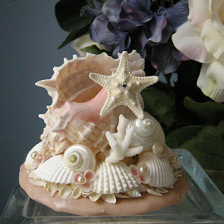 shellscapes petals and pearls seashell wedding cake topper. Black Bedroom Furniture Sets. Home Design Ideas