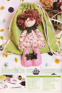 mochila muñeca