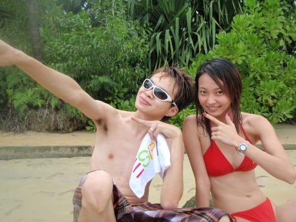 meet girls in singapore
