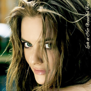 Look At Alicia Silverstone Beautiful Face
