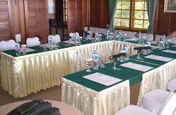 Ruang Meeting kapasitas 20 org