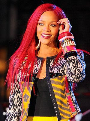 rihanna 2011 hair. rihanna 2011 red hair.