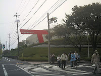 ゴール後、トヨタ博物館からリニモ駅へ向かう