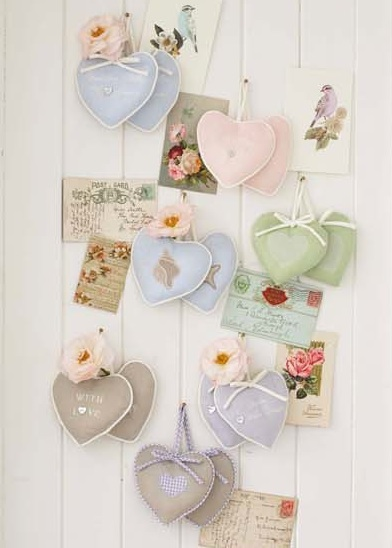 [retreat+lavender+hearts2.jpg]