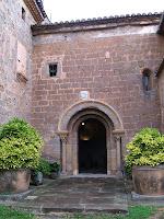 Porta de Sant Pau de Casserres