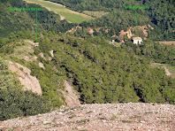 La Torre del Salvans i el búnquer de la Barata des de la Roca del Corb