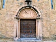 Porta lateral de Sant Esteve de Parets