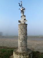 Fita en la cruïlla dels camins de Sant Jaume i Puig Agut