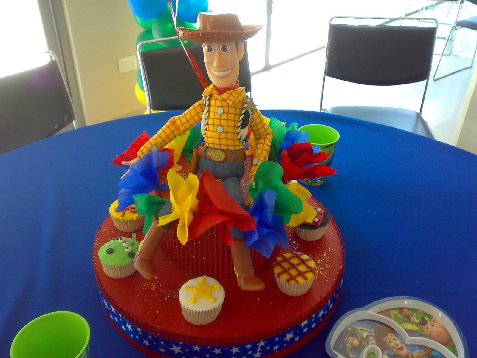 MANE´S: Centro de mesa woody cupcakes