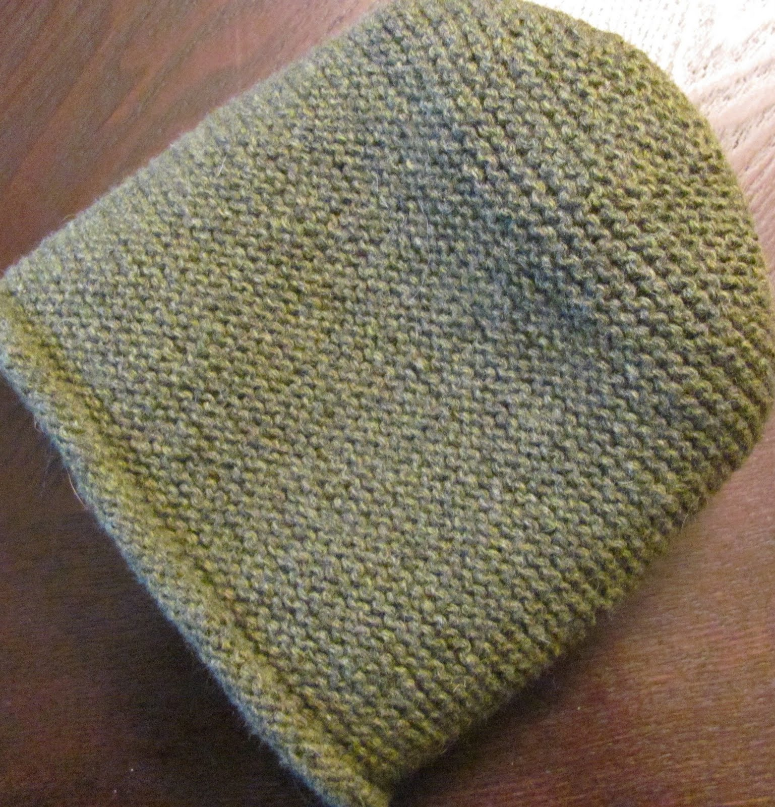 How To Knit A Rolled Brim Beanie Hat On Straight Needles ...