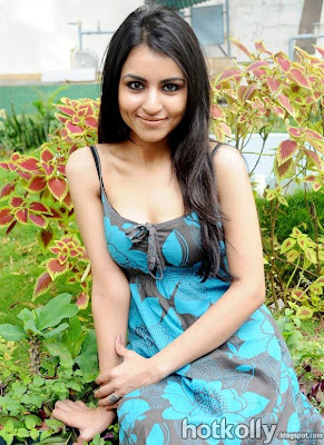 Actress+Aparna+Sharma+Hot+Sexy+Sizzling+Photo+Shoot+Stills+Images+Photos+Gallery+(1) Updating your look helps you feel sexy and desirable again, says Sussman.