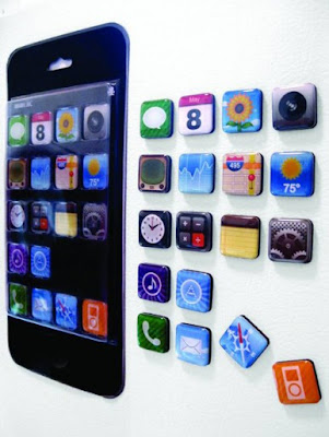 Imãs de geladeira com formato de ícones do iPhone