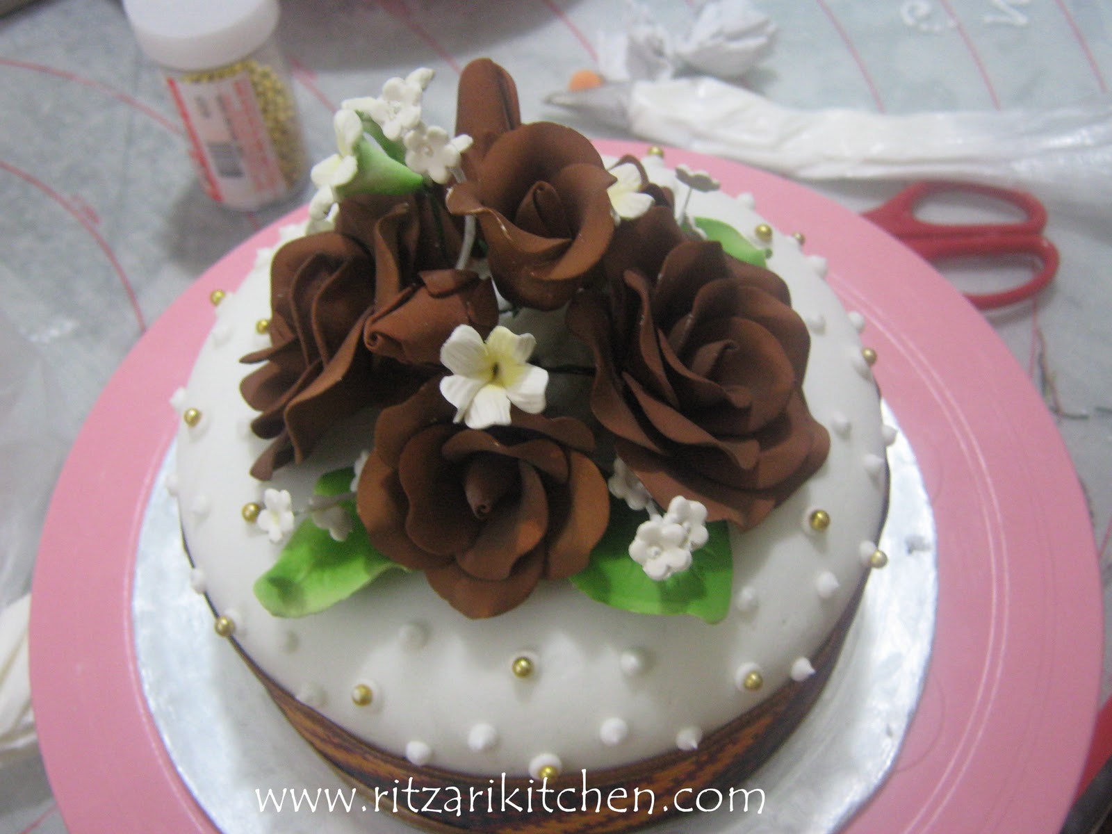 Pin Ritzarikitchen A Few Cake Decorating Ideas For The