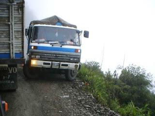 La carretra de la muerte Los Yungas Bolivia