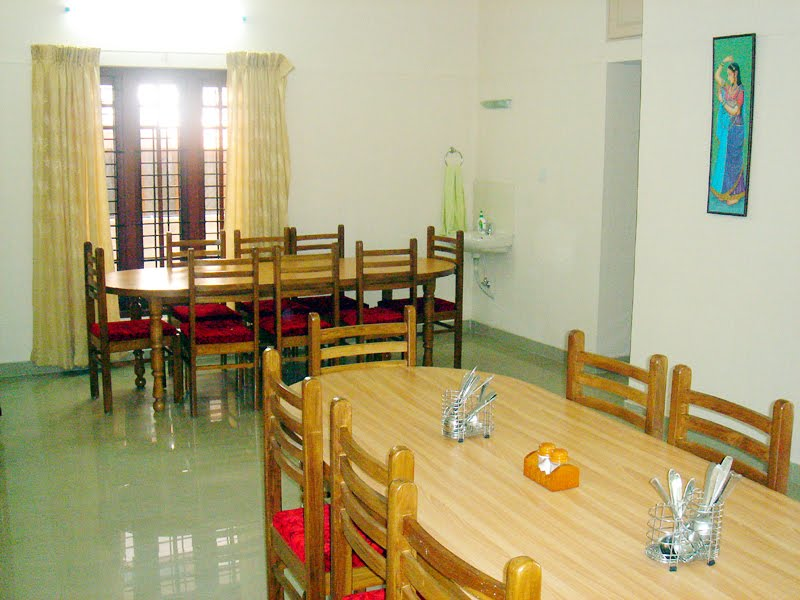 [Dinning_room_Trivandrum1.jpg]