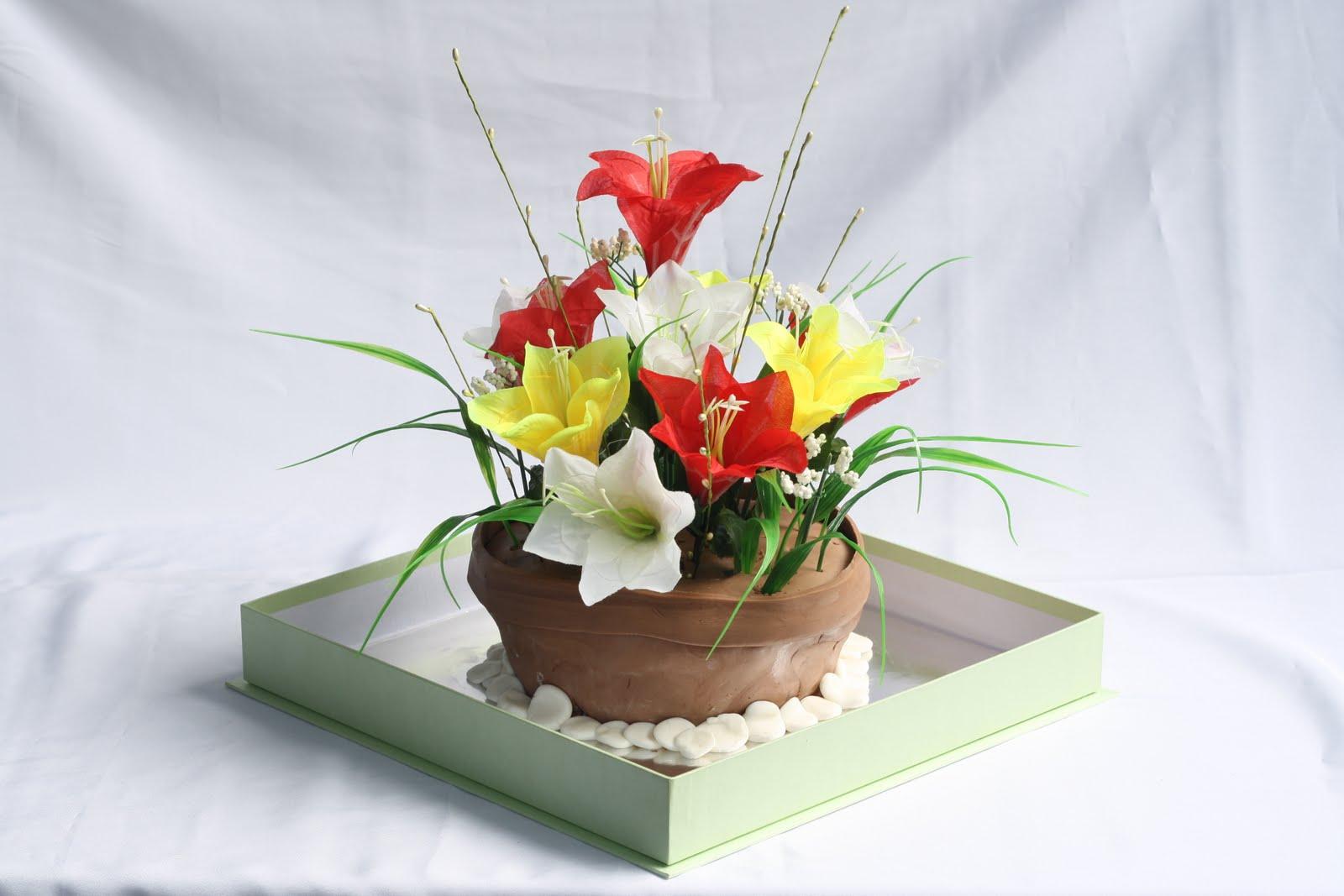 Karna bukan ahli merangkai bunga, jadi harap maklum ya, kalo ...
