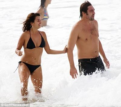 Fotos de Penélope Cruz y Javier Bardem disfrutando con mucho amor en las playas de Brasil