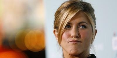 Jennifer Aniston se registró en una agencia de contactos