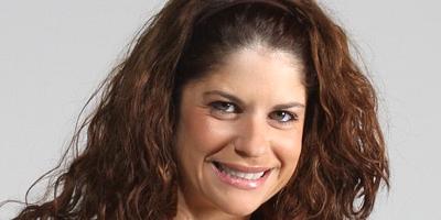 Adriana Romero se luce en Tomasa Tequiero