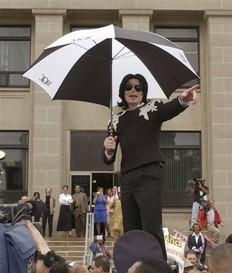 Película de Michael Jackson será exhibida sólo dos semanas