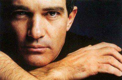 Antonio Bandera a punto de perder su casa