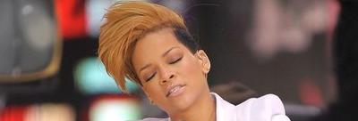 Rihanna quiere sexo para navidad