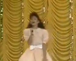 Video Shakira cantando a los 11 años