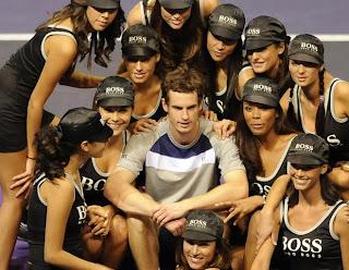 Andy Murray and the Ballgirls