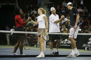 Serena, Wozniacki, Roddick and Isner