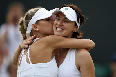 Anna Kournikova and Martina Hingis