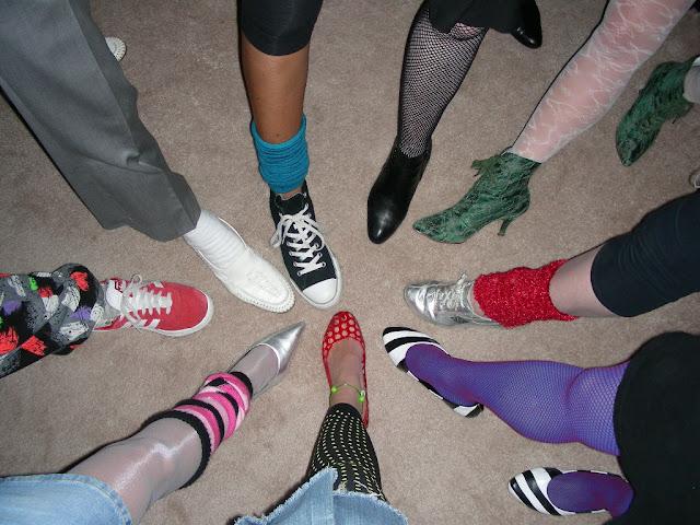 80s_style_feet