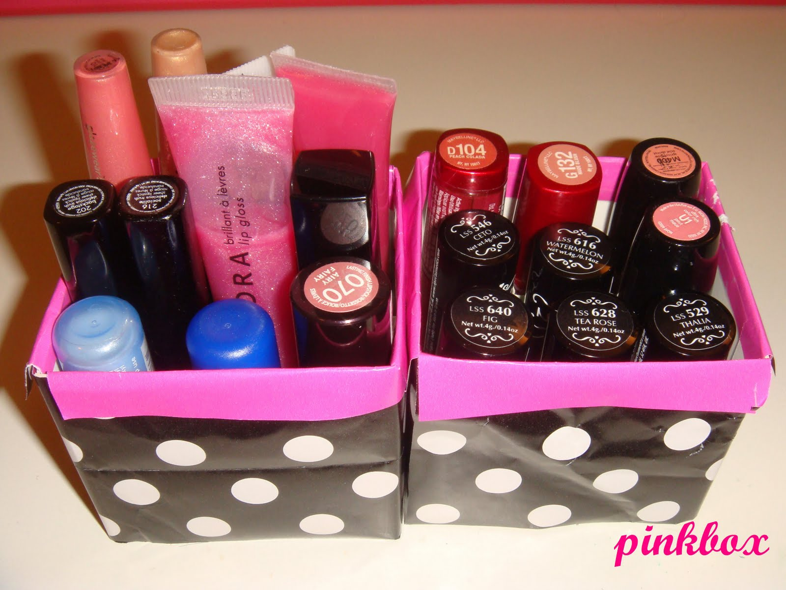 Pinkbox makeup simple diy lipstick gloss holder solutioingenieria Gallery