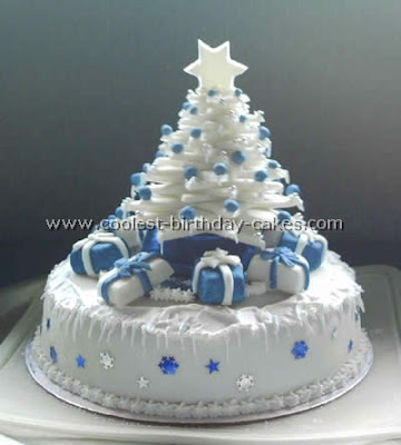 Christmas tree shape cake wallpaper