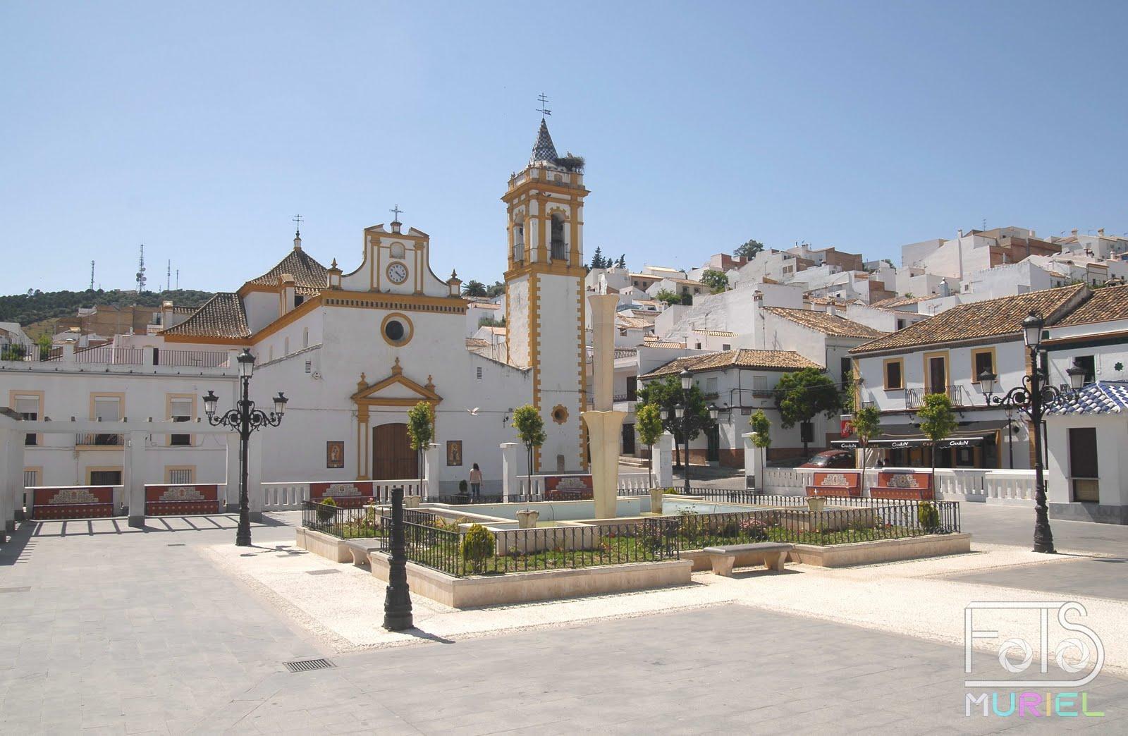 Fotos muriel plaza de la constituci n prado del rey c diz for Calle prado del rey conil
