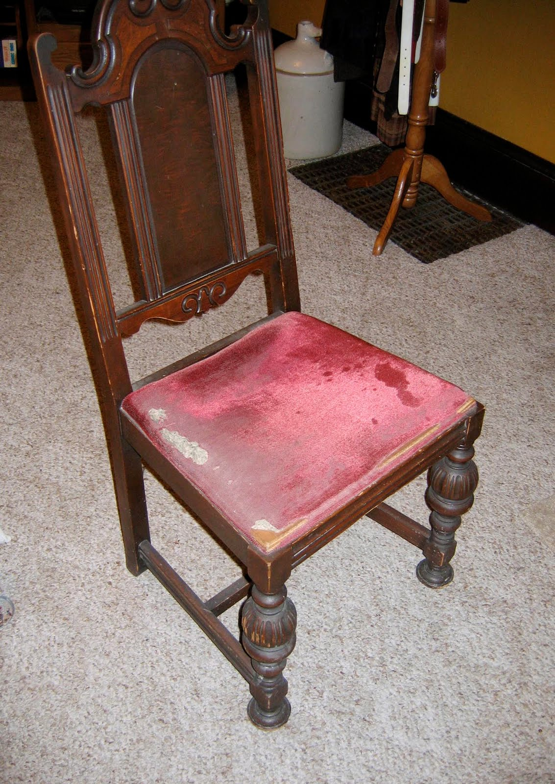 How to reupholster a chair seat for How to reupholster a chair
