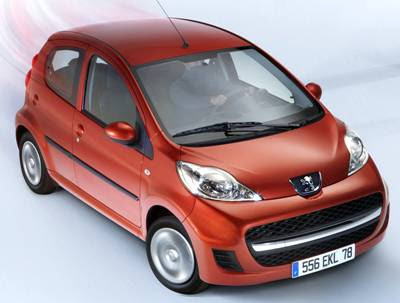 Best automotive world 2011 peugeot 107 interior review for Peugeot 107 interior