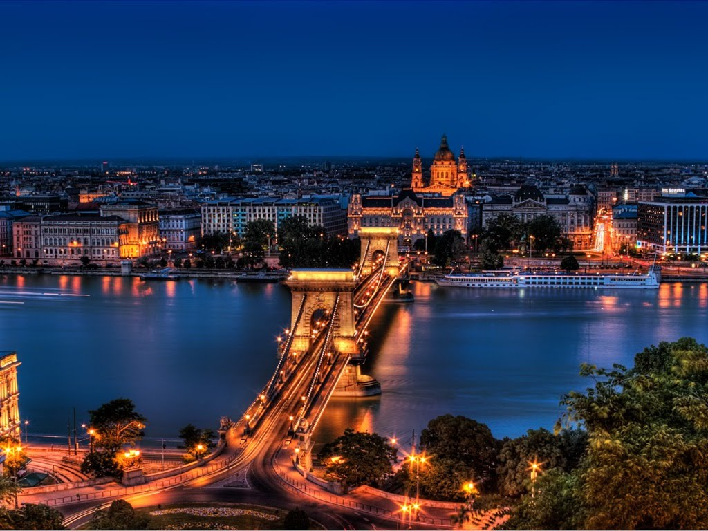 Pozadina za vaš desktop - Page 5 Budapest-download-besplatne-slike-pozadine-desktop-kompjuter-gradovi