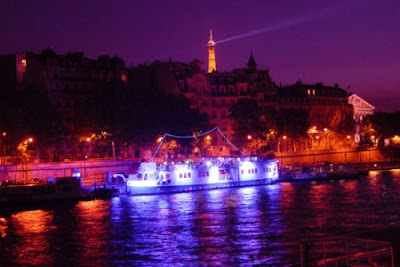 Spend a Romantic Vacation in Paris Seen On  www.coolpicturegallery.us