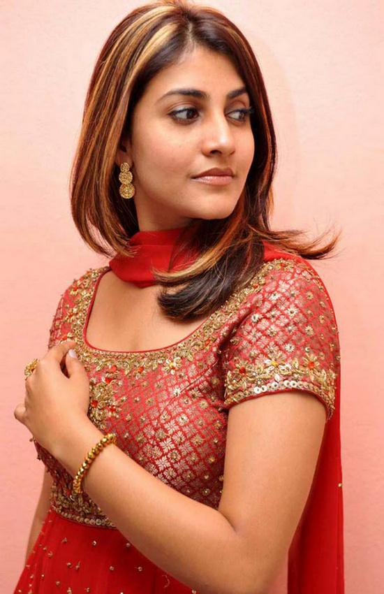 Telugu Actress Kausha New Stylish Salwar Look Photos
