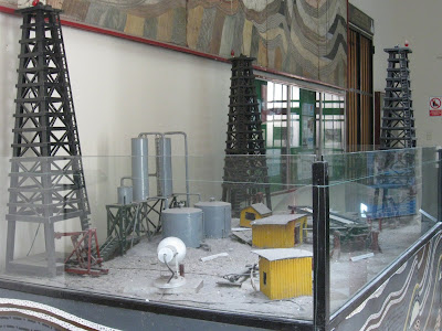 OILFIELD IN MODEL