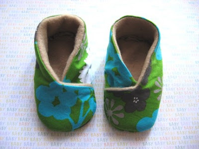 CROCHET BABY SHOE PATTERNS | Crochet For Beginners